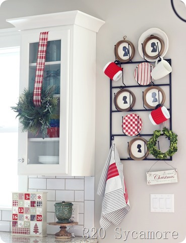 christmas kitchen mug rack