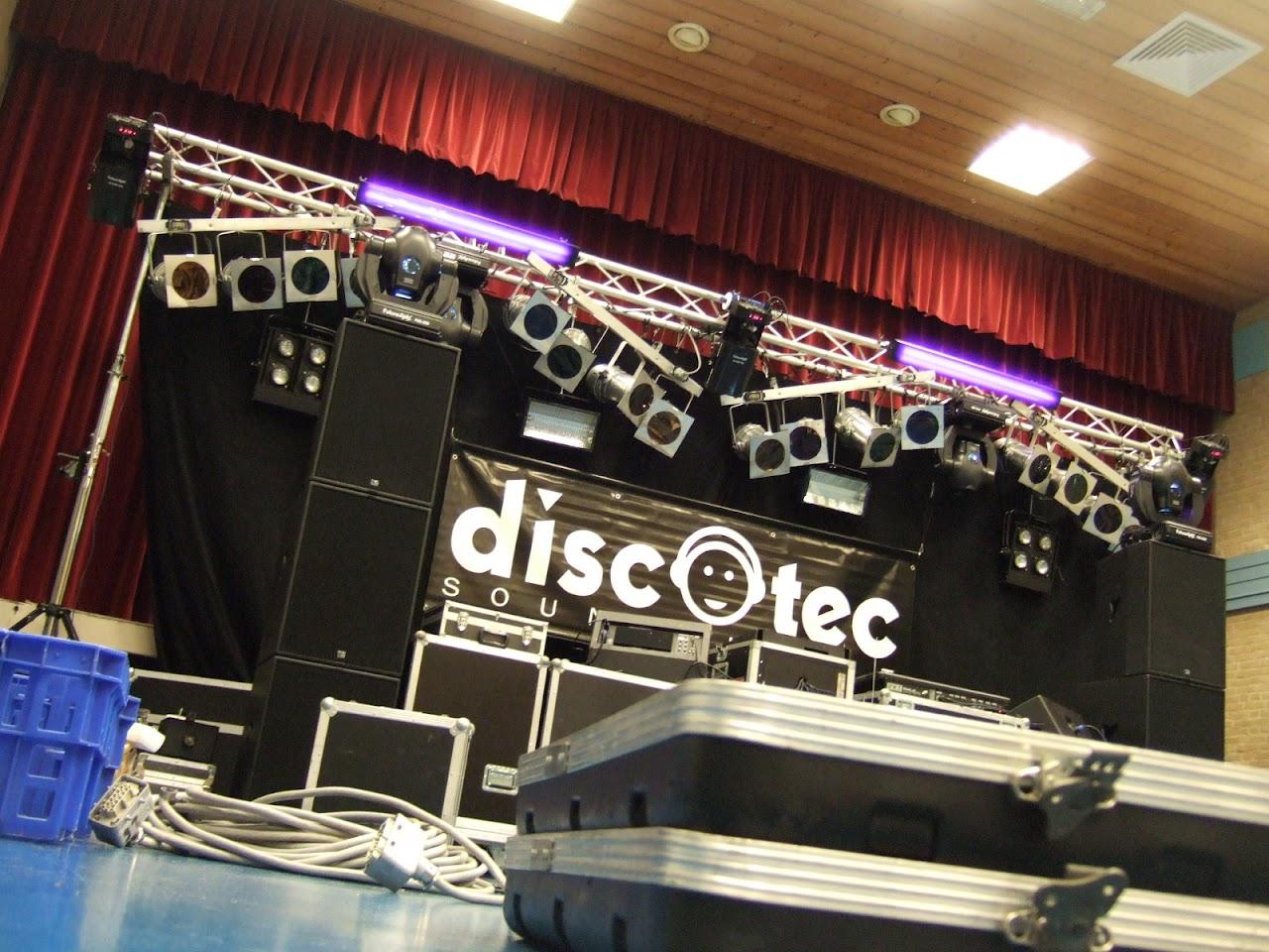 25+ disco Dorpshuis De Brêge Echtenerbrug (opbouwen)