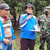 Program PTSL, Babinsa Dampingi Petugas BPN Cilacap Ukur Tanah Kelurahan Lomanis