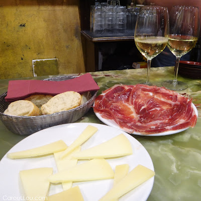 CarouLLou.com Carou in Madrid cheese jamon wine +
