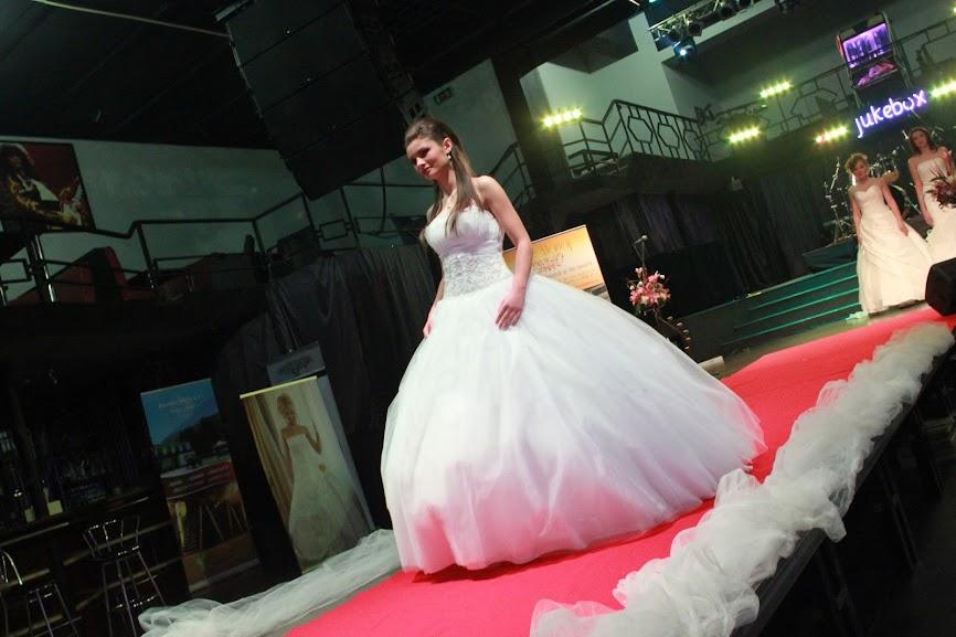 Prezentare rochii Elite Mariaj