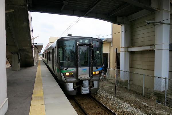 小杉駅 あいの風とやま鉄道