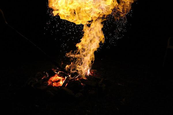 Fight with fire di gaia_hetfield00