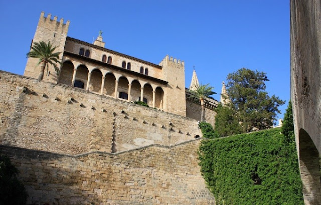 Palau de l'Almudaina.jpg