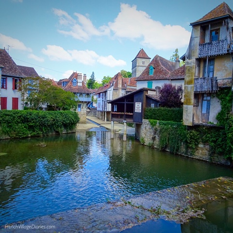 French Village Diaries a week in the Pays Basque Salies-de-Bearn