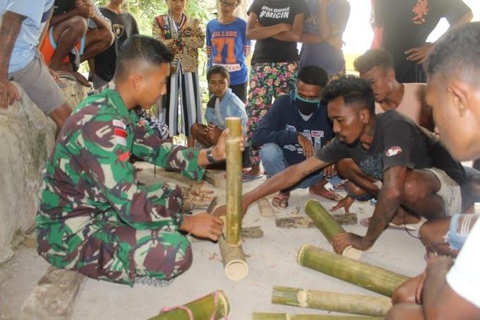 Tingkatkan Keterampilan Masyarakat Perbatasan, Satgas Pamtas Sektor Timur Ajarkan Kerajinan Bambu