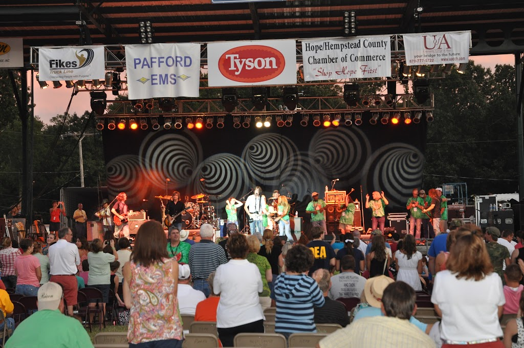 Watermelon Festival Concert 2011 - DSC_0146.JPG