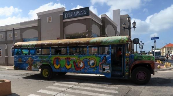 Aruba Bus 001