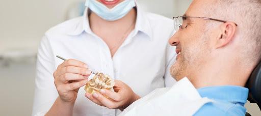 the-amazing-benefits-of-dental-implants-1000x445.jpg