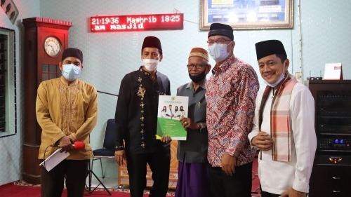Bersama Rombongan Kajati Provinsi Sumbar, Riza Falepi Bersafari ke Mesjid Muhsinin Tiakar