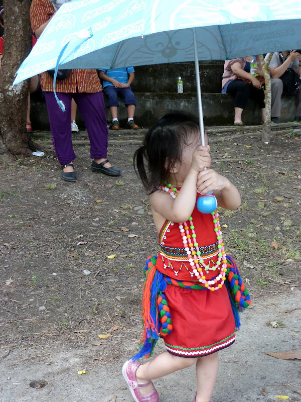 Hualien County. Liku lake. Danses Amis J 2 - liyu%2B2%2B333.JPG