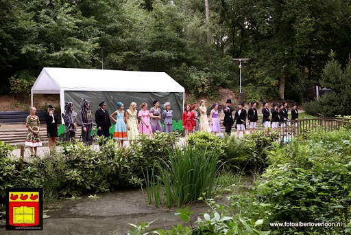 Roodkapje Openluchttheater Overloon 31-07-2013 (76).JPG