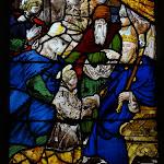 """Église Saint-Pierre de Montfort-l'Amaury : vitrail """"Vie de saint Yves"""", détail"""