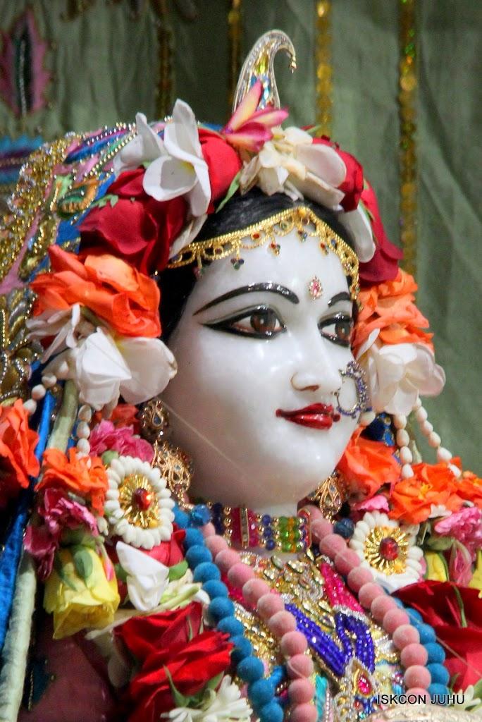ISKCON Juhu Sringar Deity Darshan 10 Apr 16 (8)