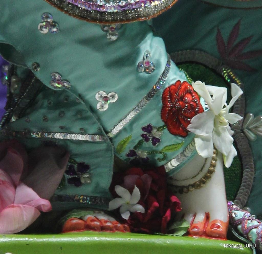 ISKCON Juhu Mangal Deity Darshan on 24th June 2016 (29)