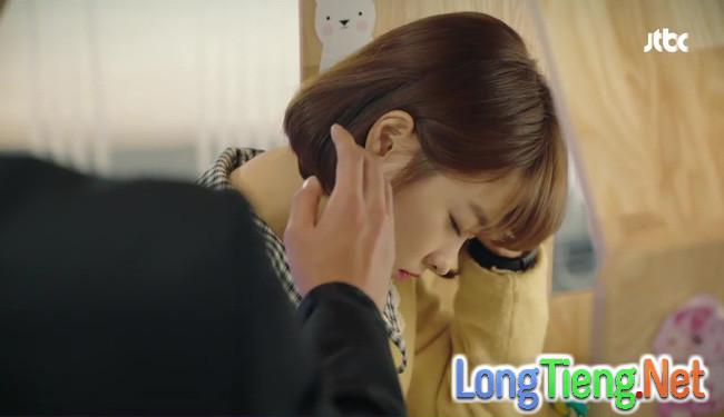 """Do Bong Soon: Thấy Ji Soo chở """"crush"""" đi làm, Park Hyung Sik ghen nổ đom đóm mắt - Ảnh 23."""