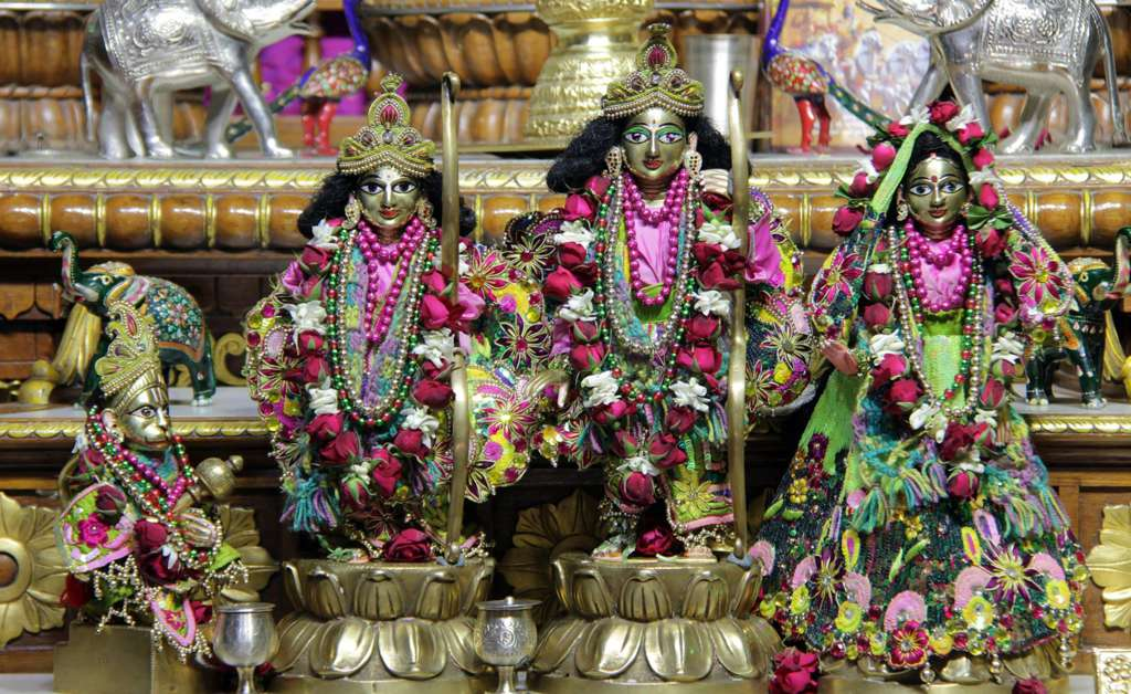 ISKCON Delhi Deity Darshan 18 Dec 2015 (12)