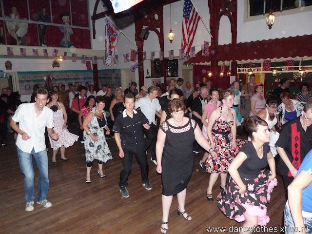 15 jaar dance to the 60's rock and roll dansschool voor danslessen, dansdemonstraties en workshops (450).JPG