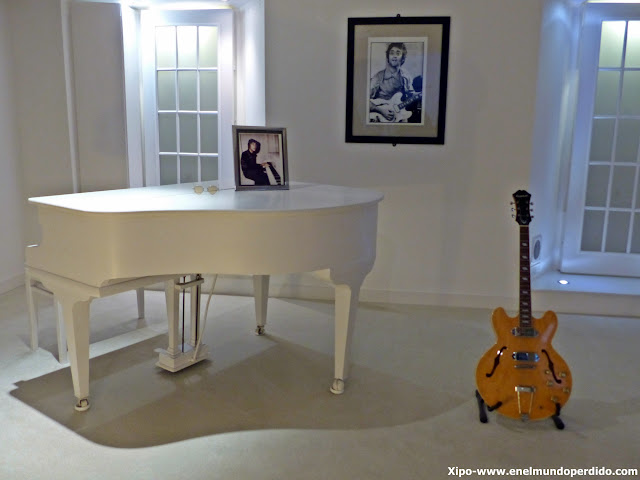 habitacion-imagine-the-beatles-story-liverpool.JPG