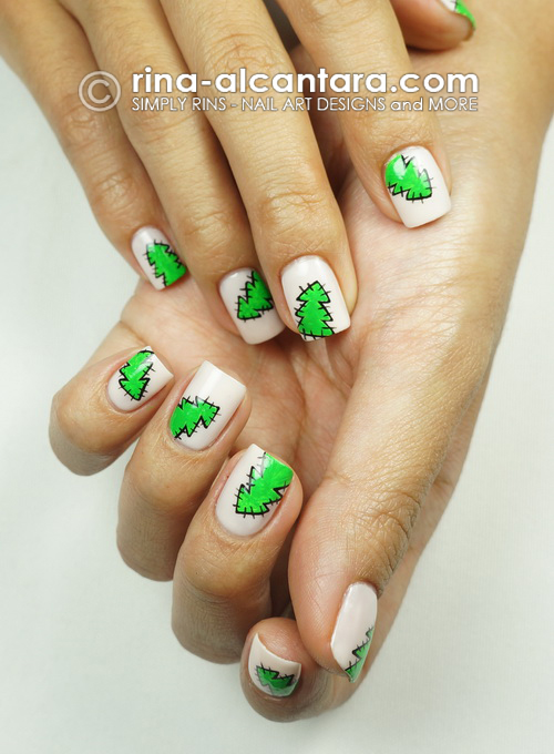 Christmas Tree Nail Art Design