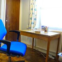 Room 01-desk