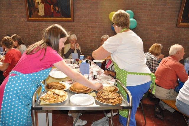 Pannenkoekenfeest in de Jozef- en Martinuskerk - DSC_0057.jpg