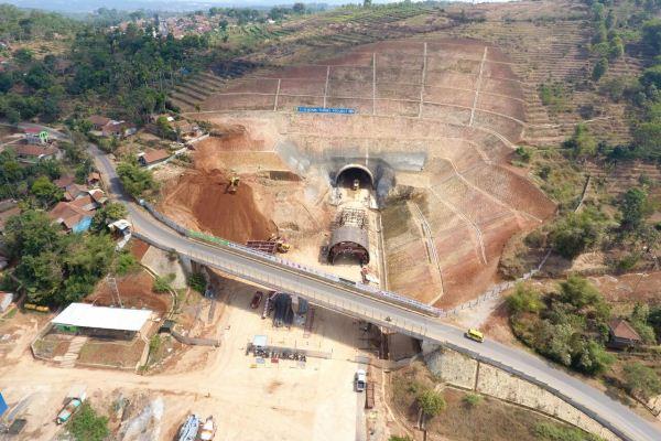 Kendala Pembangunan Tol Cisumdawu