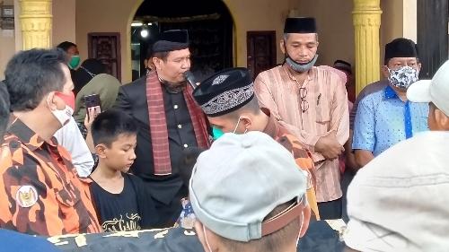 Jenazah Tafrizal Dilepas Oleh Irwan Basir Datuk Rajo Alam