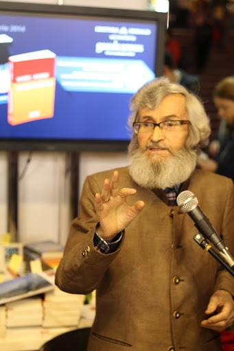 Vasile Andru in dialog cu cititorii - Gaudeamus 2014
