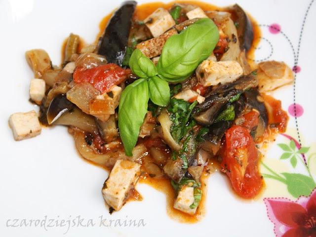Bakłażan z tofu w pomidorach