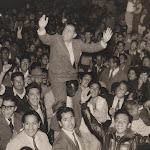 Primeros mítines en 1956