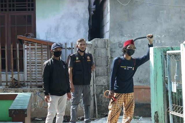Serentak Karang Taruna Kelurahan Medan Satria Semprot Disinfectant