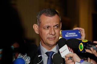 General Rêgo Barros diz que governo interfere na PF, nas Forças Armadas, na Receita e no Itamaraty