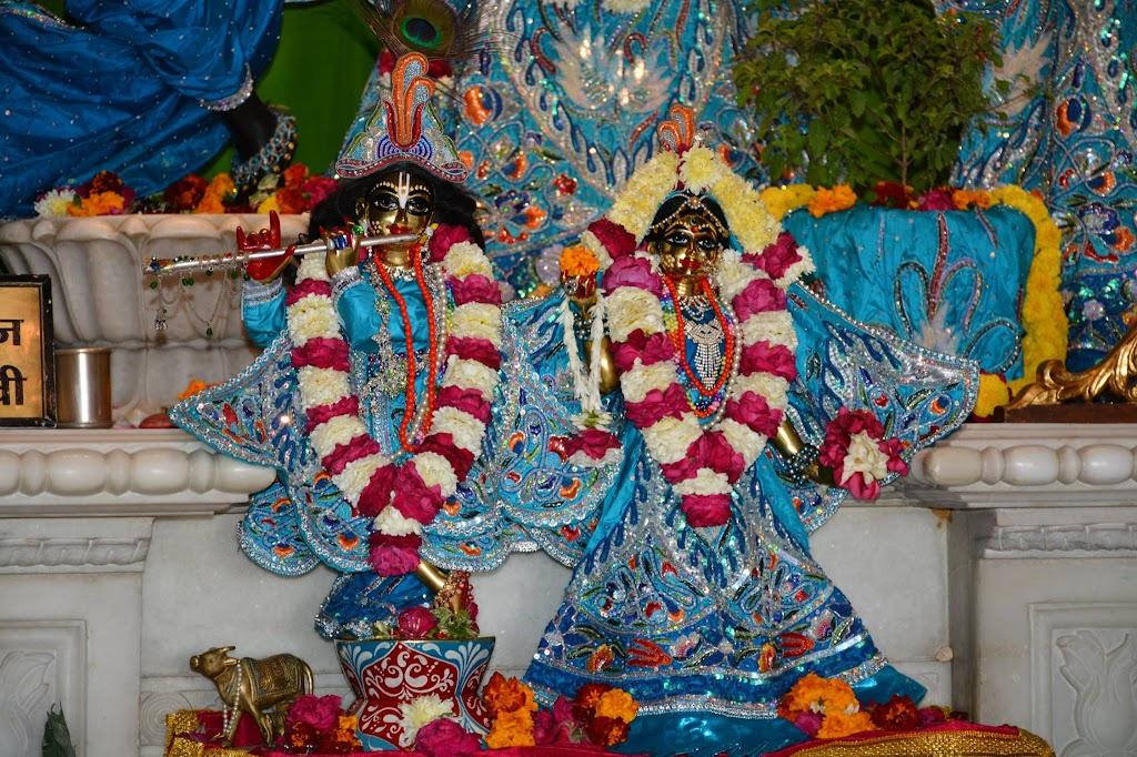 ISKCON Ujjain Deity Darshan 18 Dec 2015 (7)