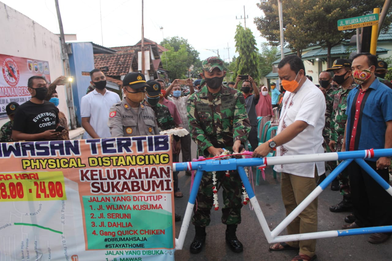Portal  Covid -19 Wilayah Kelurahan Sukabumi di Resmikan Dandim 0820 Probolinggo