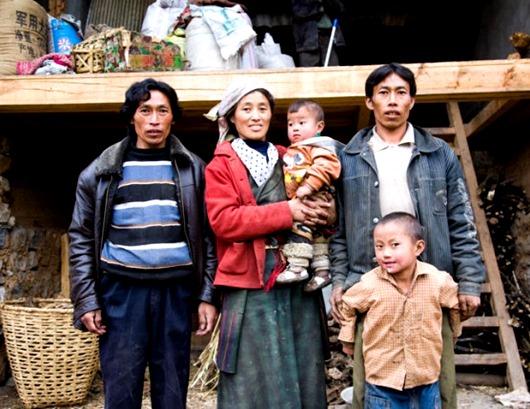 Tibetan_family_02