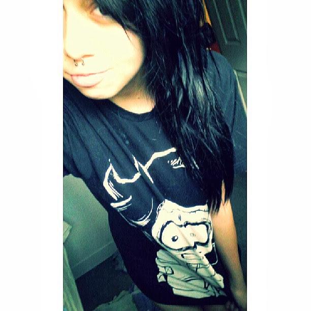 akumuink, emo tshirt, emo style, scene tshirt, black tshirt, oversized skull tshirt, oversized graphic tee, horror tshirt, comicon tshirt