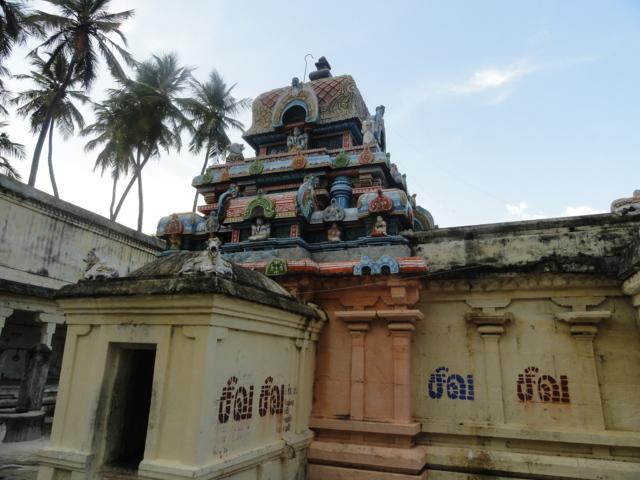 Sri Tholaiyaselvanathar Temple, Thiruchotrutturai, Thiruvaiyaru - 275 Shiva Temples