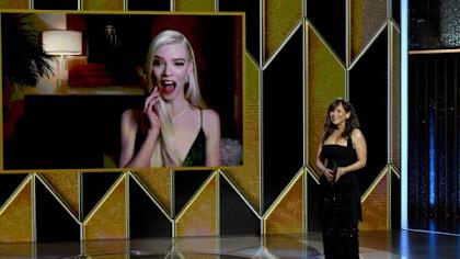 """Anya Taylor-Joy, de 24 años, ganó su primer Globo de Oro por su interpretación en """"Queen's Gambit""""."""