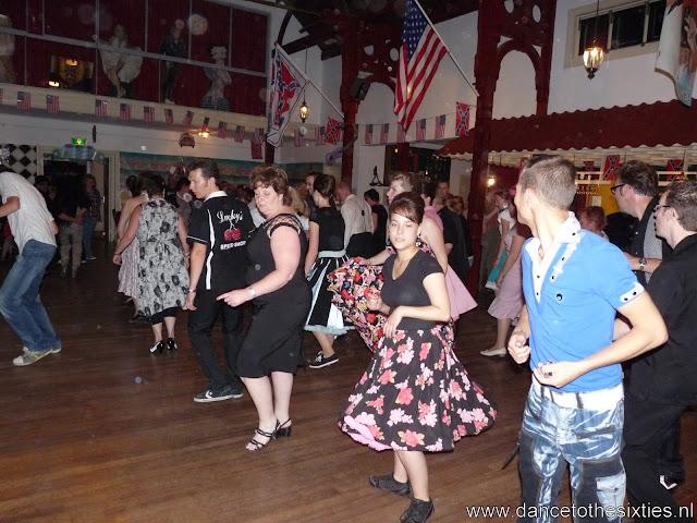 15 jaar dance to the 60's rock and roll dansschool voor danslessen, dansdemonstraties en workshops (448).JPG