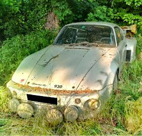 Abandoned Porsche 911 Flatnose