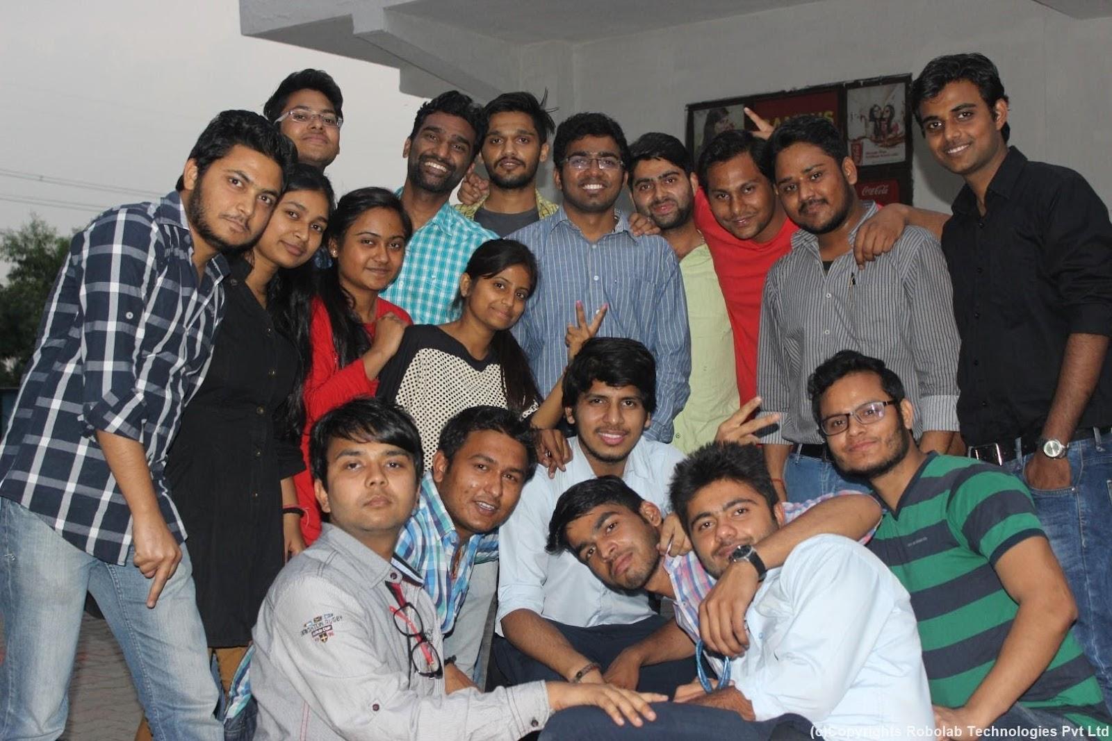 SunderDeep Group of Institutions, Ghaziabad Robolab (47).jpg