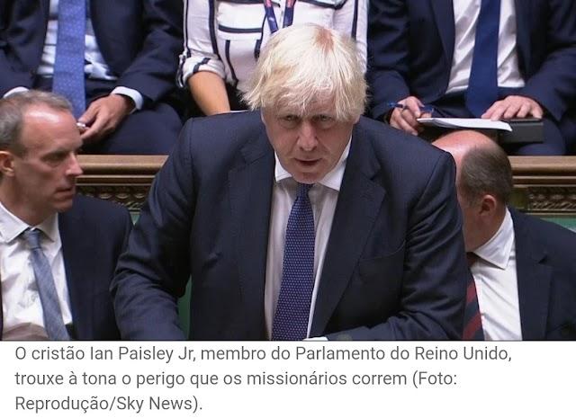 Pedido para evacuar 228 missionários no Afeganistão é feito a Boris Johnson