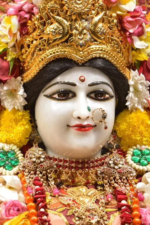 ISKCON Juhu Deity Darshan 28 Mar 2016  (10)