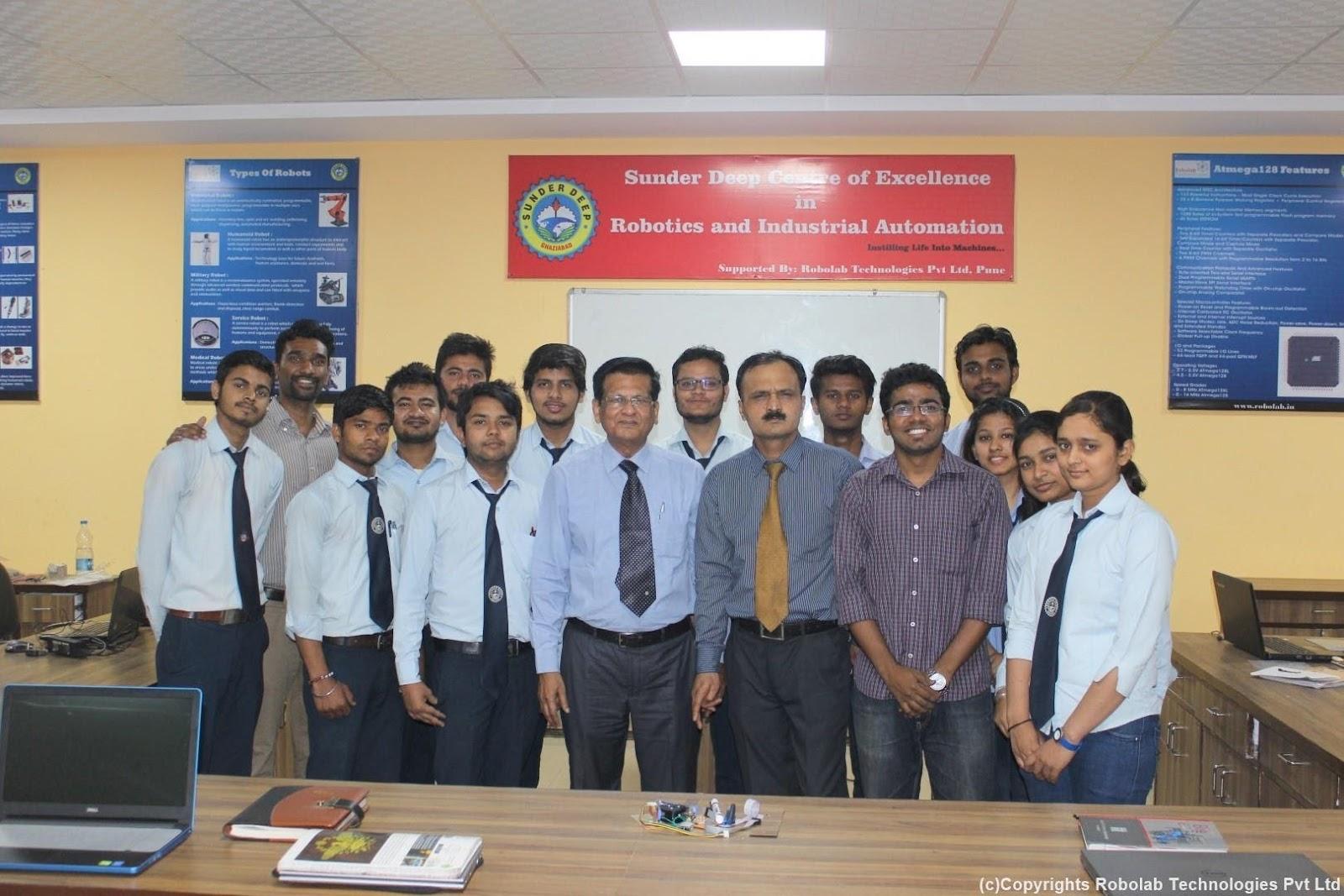 SunderDeep Group of Institutions, Ghaziabad Robolab (59).jpg