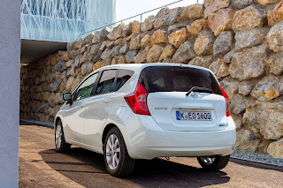 Yeni-Nissan-Note-2014-09