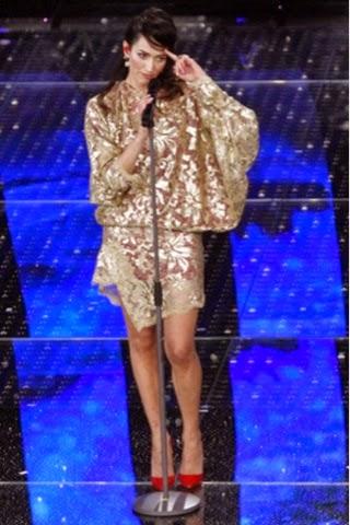 Sanremo 2015  gli abiti delle protagoniste (seconda serata ... 319f3261eee