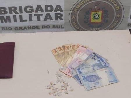 Duas mulheres são presas por tráfico de drogas em Cachoeirinha