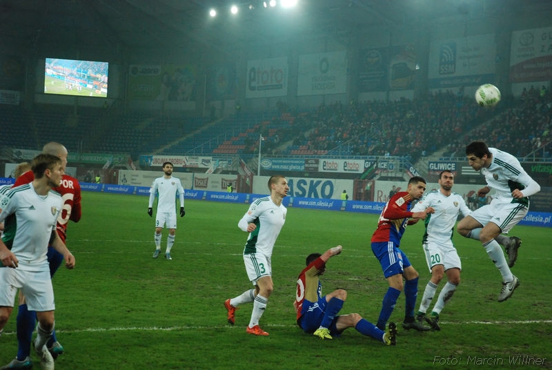 Piast_vs_Slask_2016_03-21.jpg