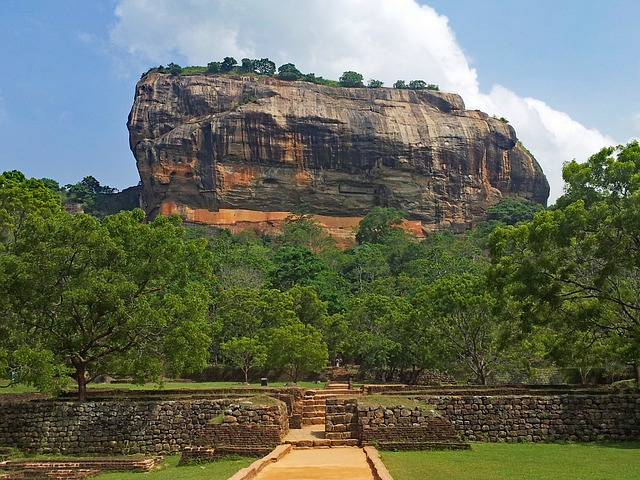 8 Best and Most Beautiful Places You Should See in Sri Lanka - Travel Sri Lanka